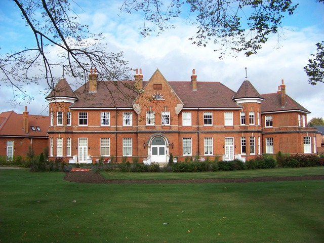 David Lloyd Epsom >> Horton Chapel & Epsom Cluster Remnants, Oct '12 (V. pic heavy)